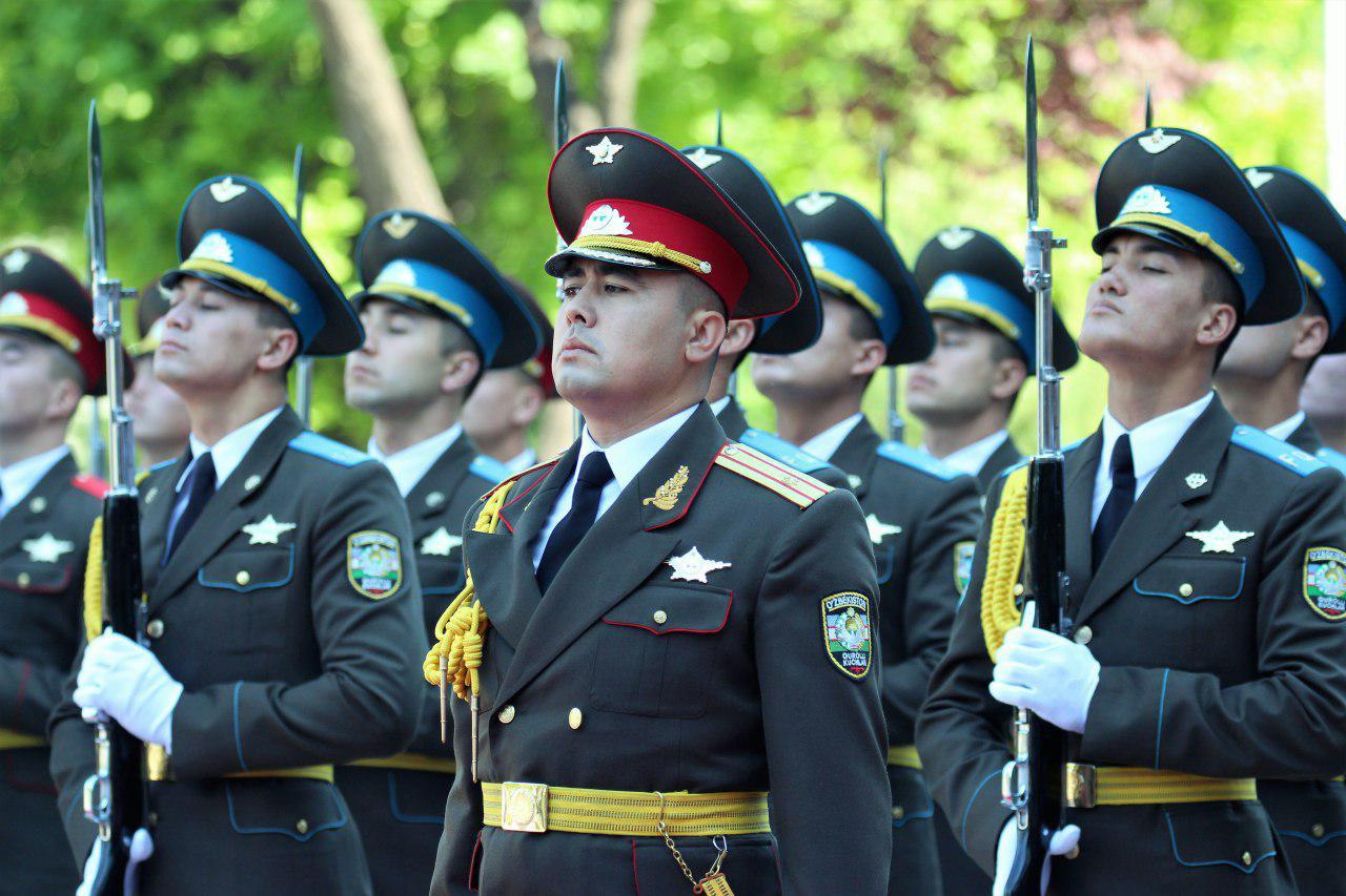 14 yanvar vatan himoyachilar kuniga harbiylar rasmlari, fotosuratlari vatan himoyachilari armiya